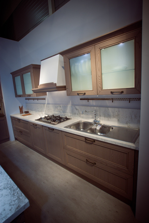 Arredamento cucina roma cucina with arredamento cucina for Arredo cucina roma