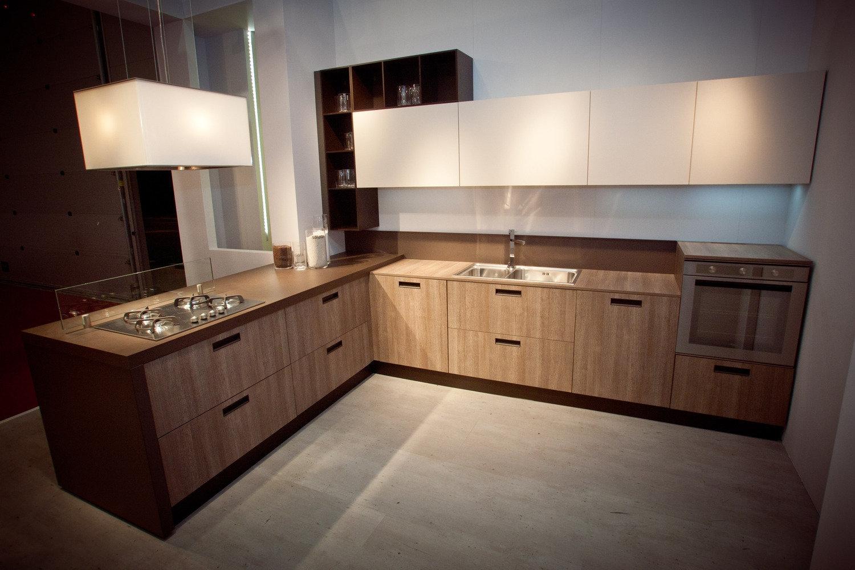 Cucina arredo3 mod petra roma cucine a prezzi scontati for Arredamento cucine roma