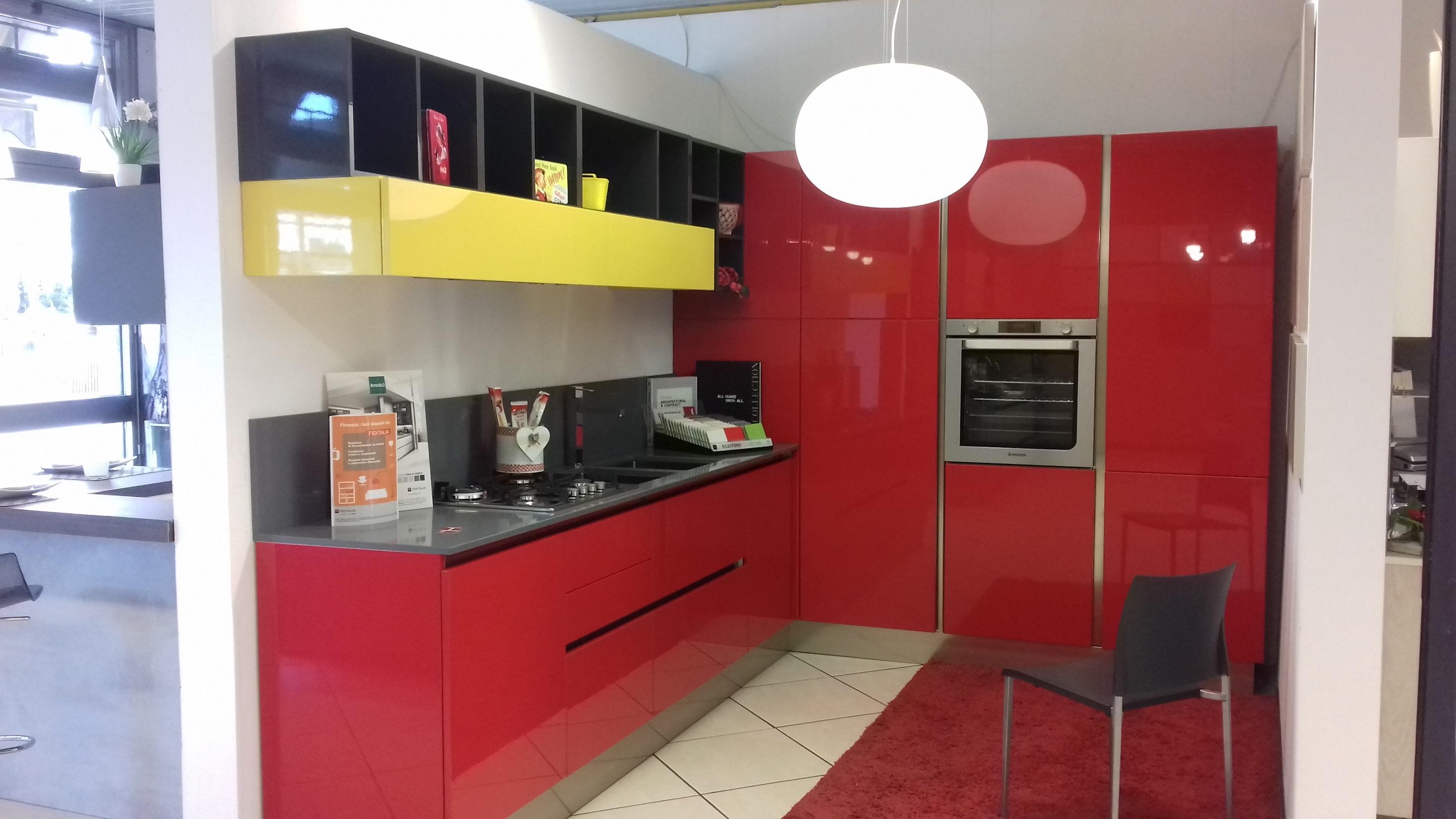 Cucine Moderne Bianche E Rosse. Elegant Cucina Stosa Blu Life With ...