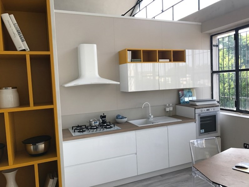 Cucina Arrex-1 Arcobaleno Moderne Laccato Lucido Bianca - Cucine a ...
