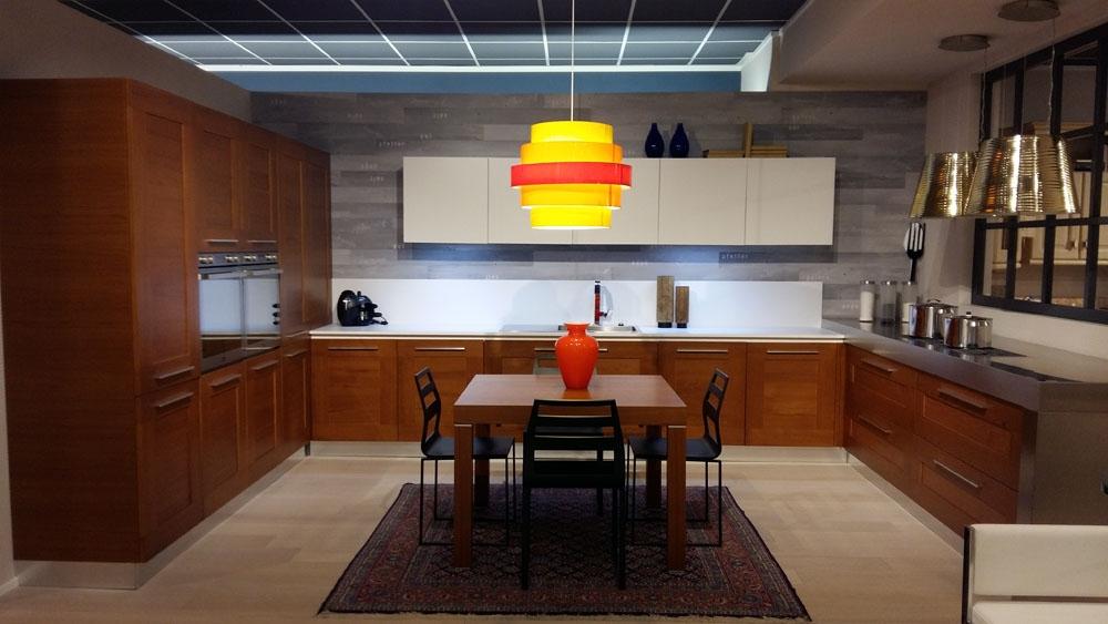 Cucina In Teak ~ Idea del Concetto di Interior Design, Mobili e ...