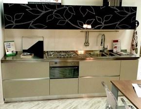 Cucina Arrex moderna lineare grigio in laminato materico Oriente