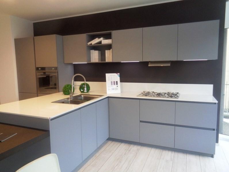Cucina arrital cucine ak03 cucina laccato opaco seta scontato del 50 - Cucine arrital prezzi ...