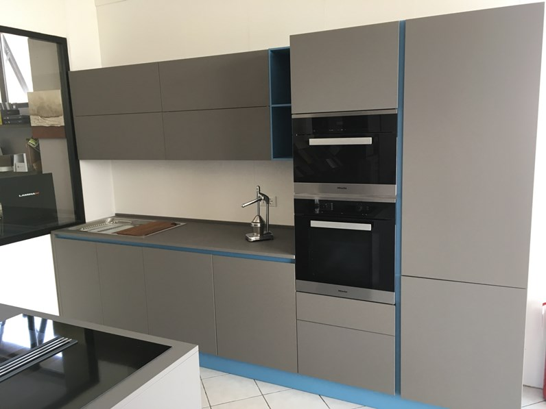Cucina Arrital Cucine Moderna Con Penisola Grigio In Laminato Opaco Ak06