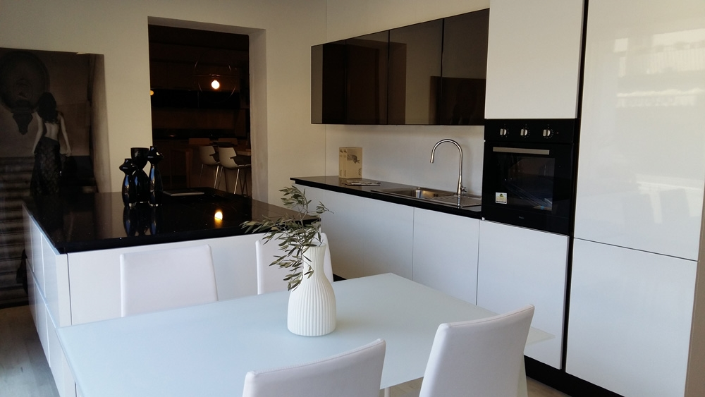 arrital cucine cucina starline moderno polimerico lucido bianca