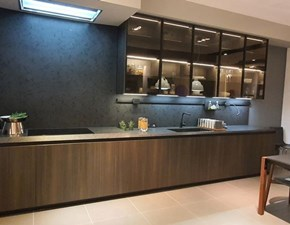 Cucina Arrital design lineare rovere moro in melaminico Ak project maniglia up