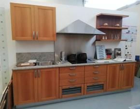 Cucina Artigianale classica lineare noce in legno Norma