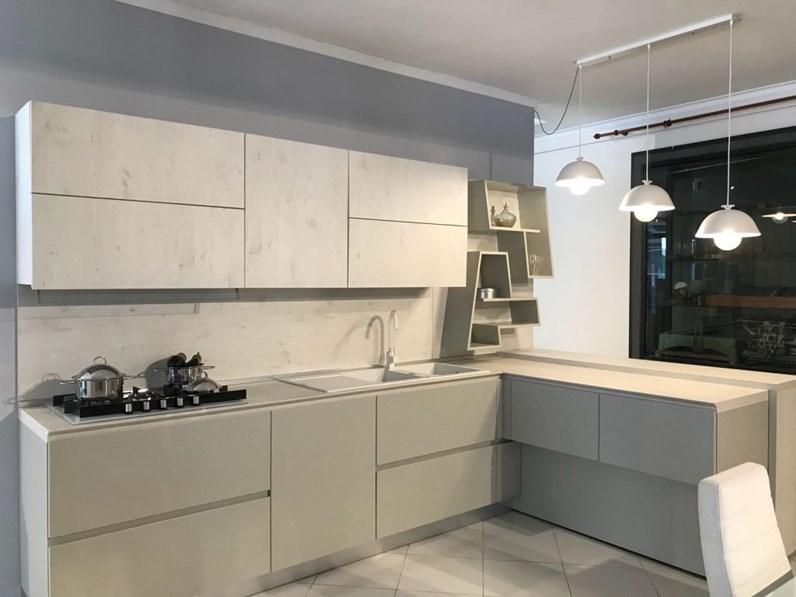 Cucine Moderne Torchetti.Cucina Artigianale Con Penisola Vega Scontata