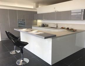 Cucina Artigianale design con penisola grigio in laccato lucido Montecarlo