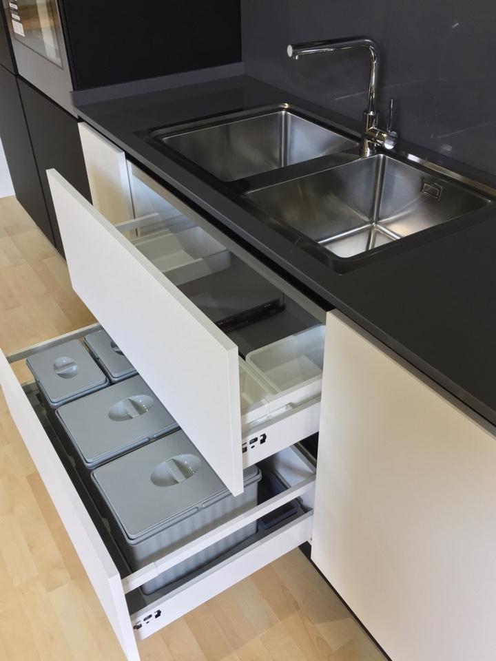 Beautiful top cucina quarzo bianco images embercreative - Top cucina quarzo prezzi ...