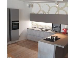 Cucina Artigianale moderna con penisola antracite in laminato materico Cucina con penisola e colonne sospese