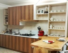 Cucina Artigianale moderna con penisola noce in legno Barcellona