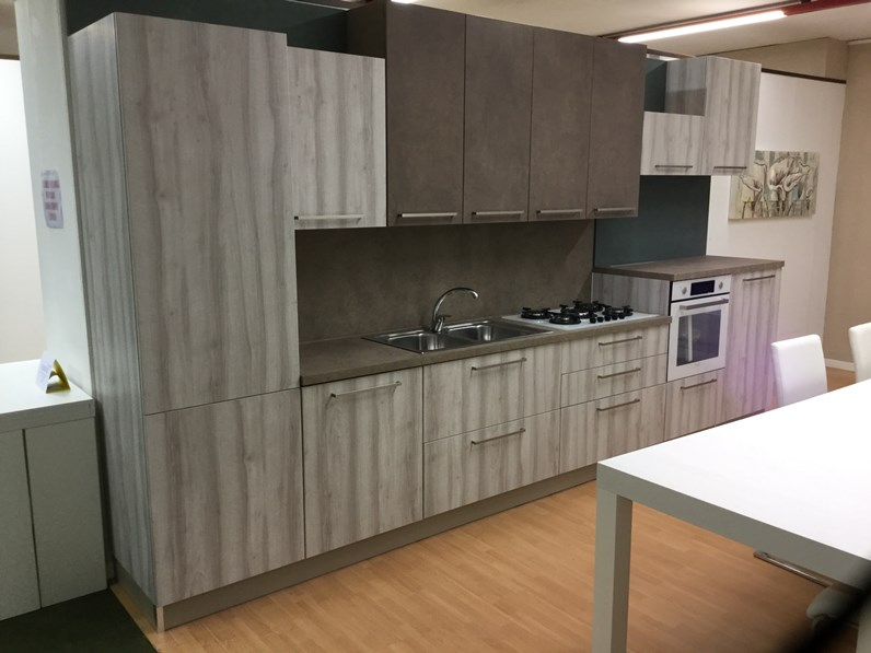 Cucina Artigianale Moderna.Cucina Artigianale Moderna Lineare Tortora In Laccato Opaco Brio