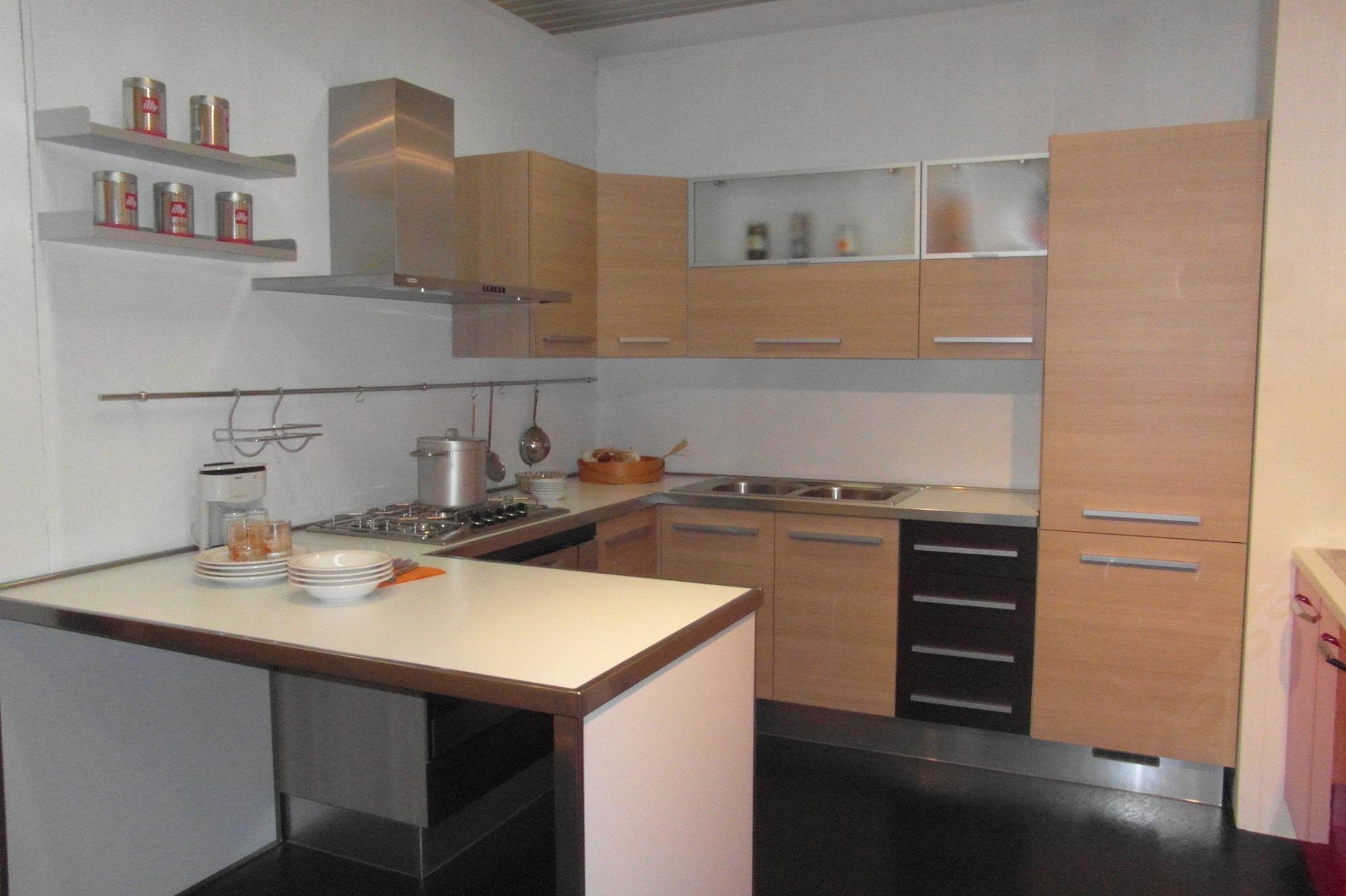 Cucina eden moderna legno rovere chiaro scontato 52 cucine a prezzi scontati - Cucine in rovere ...