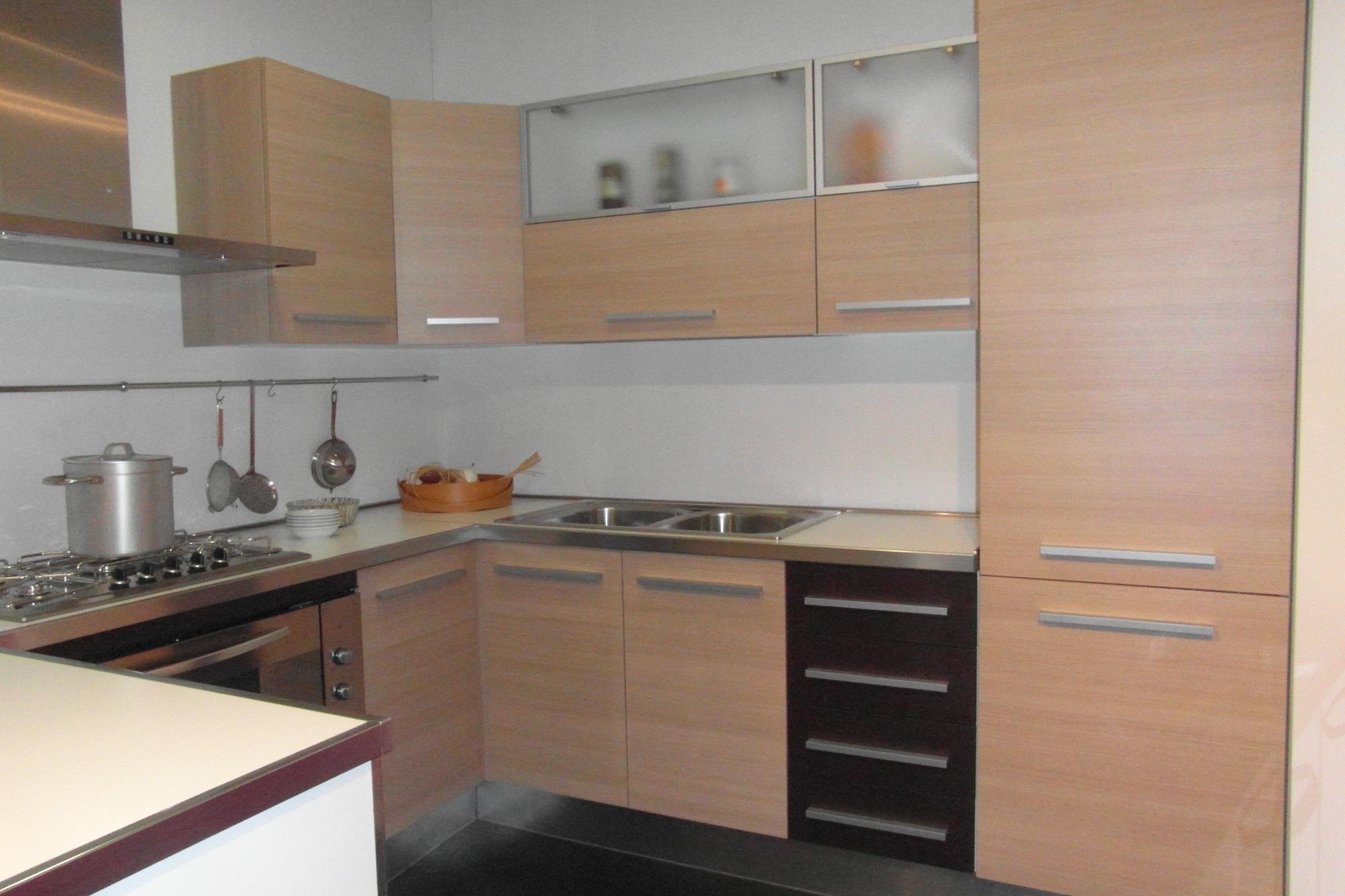 Cucina eden moderna legno rovere chiaro scontato 52 - Cucine in rovere ...