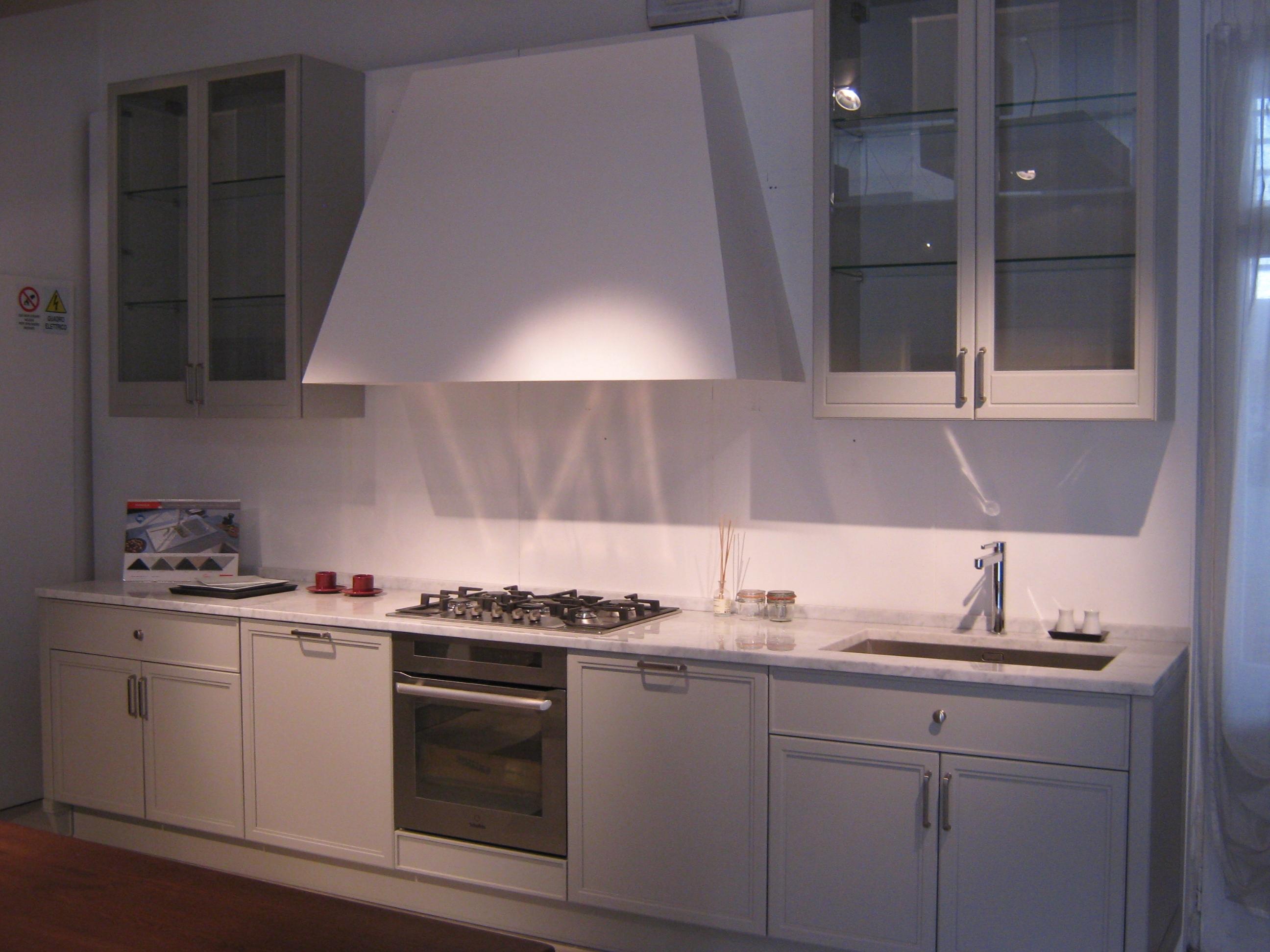 Cucina aster cucine avenue classica laccato opaco neutra cucine a prezzi scontati - Cucine aster prezzi ...