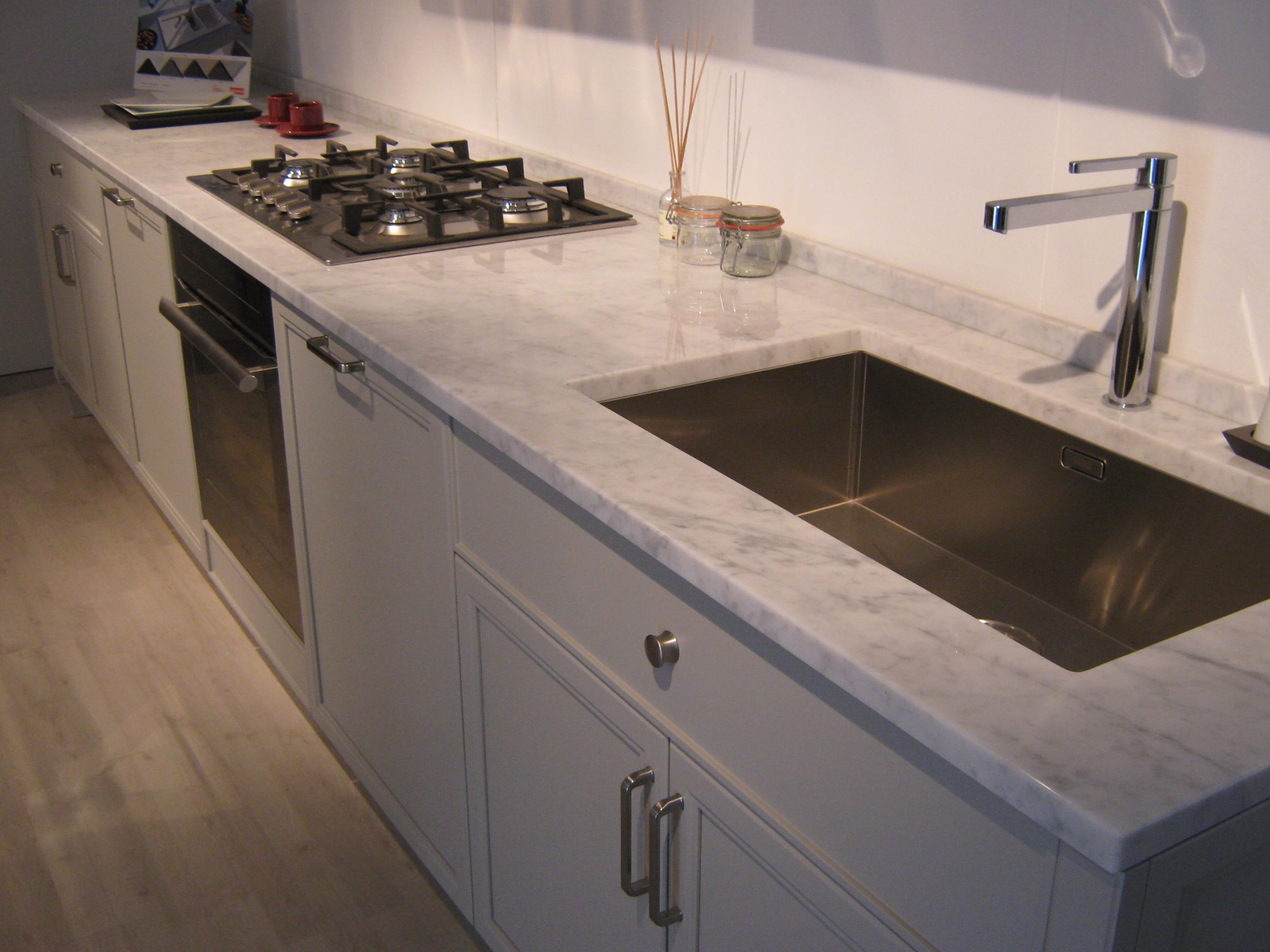 Cucina aster cucine avenue classica laccato opaco neutra - Lavello cucina sottotop ...