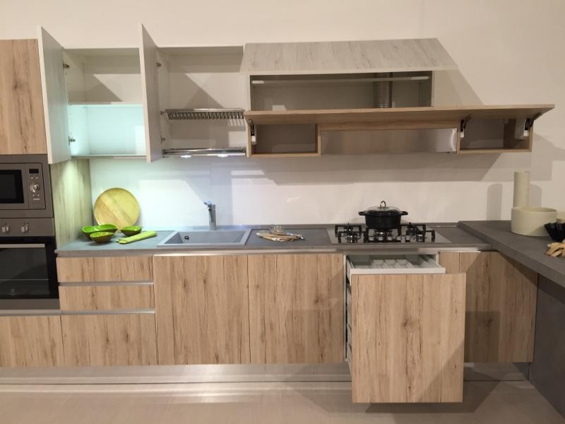 Cucina astra con penisola effetto vintage rovere nodato cucine a prezzi scontati - Astra cucine prezzi ...