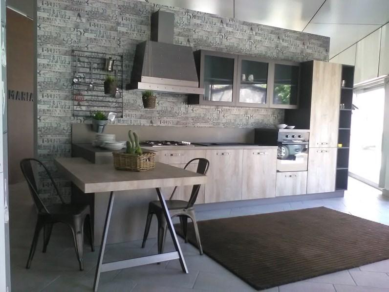 Cucina astra cucine con penisola industrial scontata for Prezzi cucine con penisola