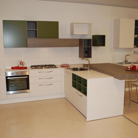 cucina astra cucine iride moderno laccata bianca opaca e verde ... - Cucine Noventa Prezzi
