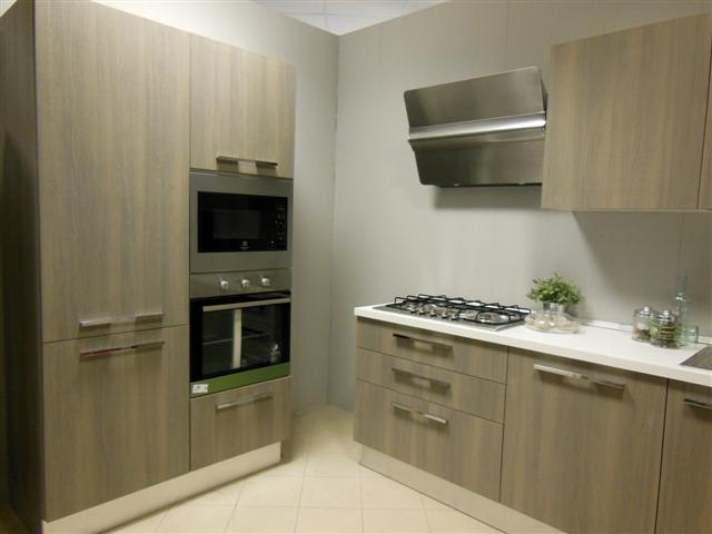 Cucine a pezzi nuovi mondi cucine cucina cucina legno - Cucine a pezzi ...
