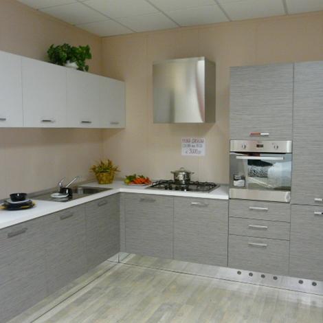 Cucina astra cucine cucina modello iride laminato materico cucine a prezzi scontati - Astra cucine prezzi ...