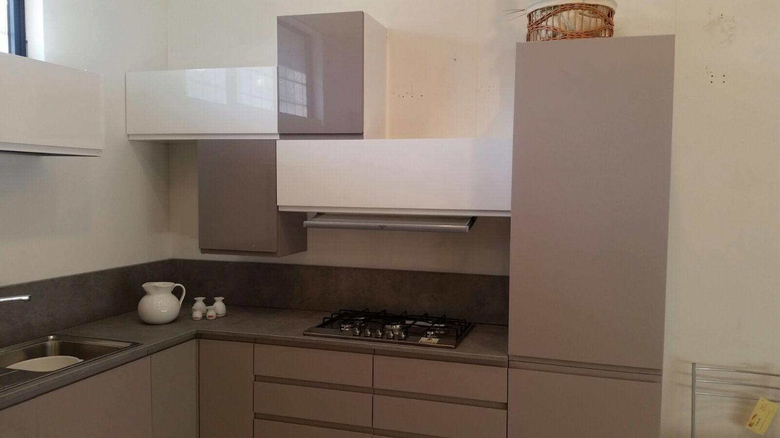 Stunning cucina tortora e panna images home interior ideas - Cucina color panna ...