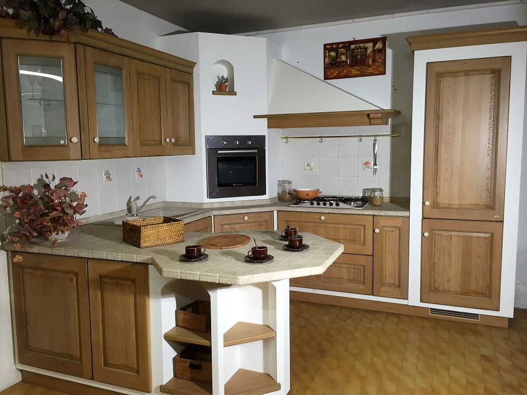 Cucina belvedere con penisola scavolini scontata del 70 cucine a prezzi scontati - Cucina belvedere scavolini ...