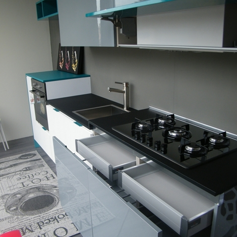 Cucina berloni cucine b 50 laccato lucido cucine a for Berloni cucine