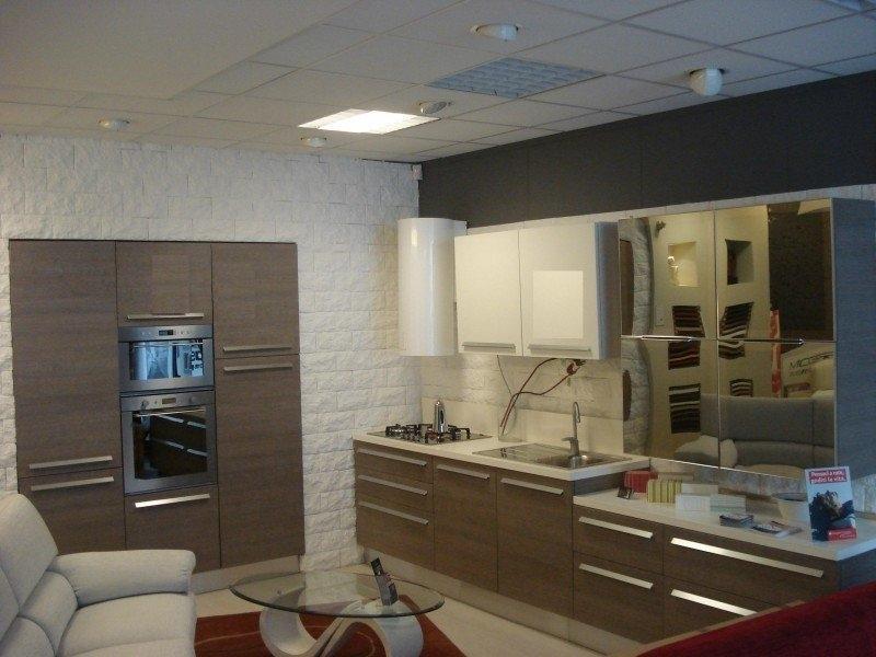 Cucina Con Elettrodomestici Bianchi : venduto cucina berloni modello ...