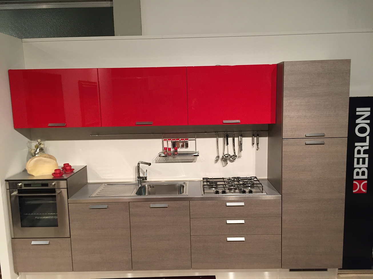 Cucina Berloni Modello Sunny Completa Di Elettrodomestici Di  #BA0A24 1306 979 Immagini Di Cucine Arte Povera