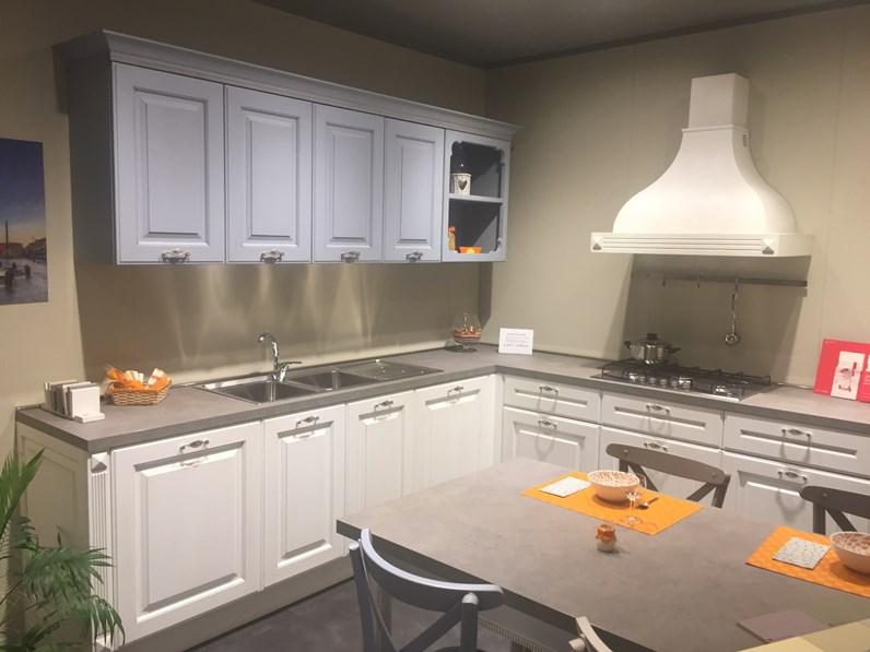 Cucina berloni modello athena ad angolo compresa di tavolo for Modelli sedie cucina