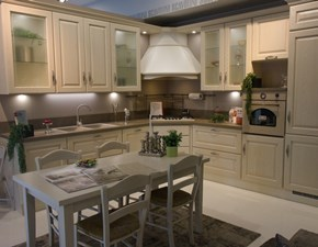 Cucina bianca classica ad angolo Madeleine Scavolini in Offerta Outlet
