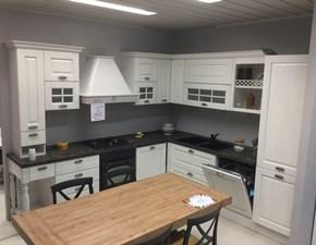 Cucina bianca classica ad angolo Opera Artec in offerta