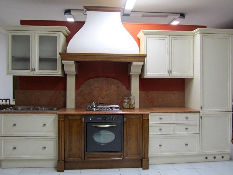 Cucina bianca classica lineare canova bamax in offerta - Cucina a gas in offerta ...