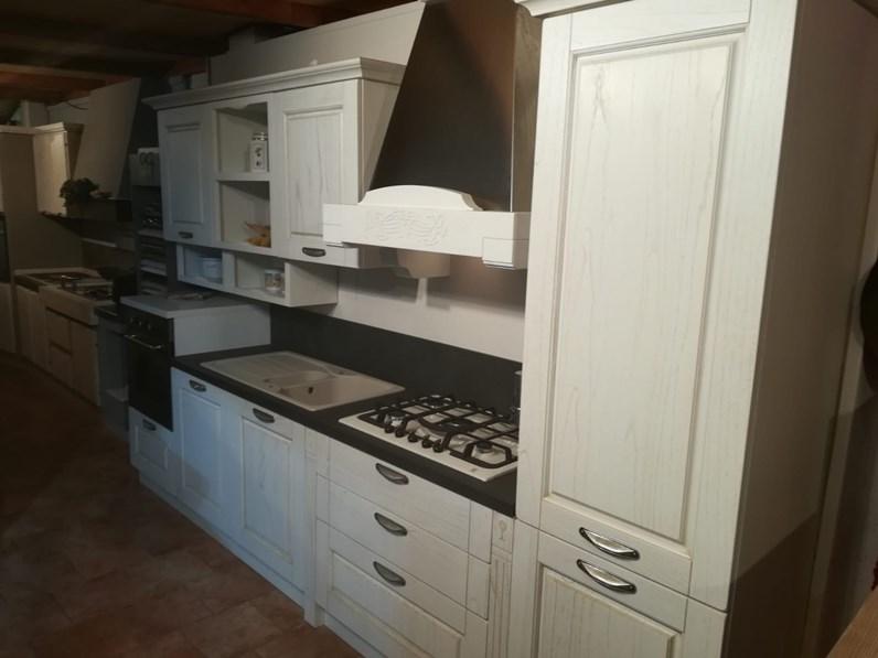 Cucina bianca classica lineare verona anta a telaio classica frassinato bianco arredo3 in for Cucine classiche in offerta