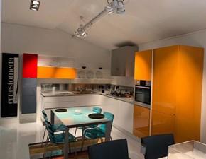 Cucina bianca design ad angolo Emetrica  Ernestomeda in Offerta Outlet