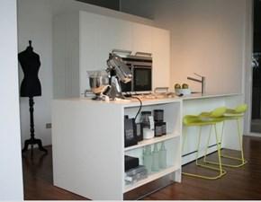 Cucina bianca design ad isola Lignum Arclinea