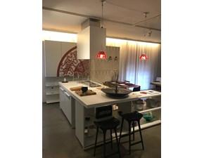 Cucina bianca design ad isola Playground Elmar cucine in Offerta Outlet