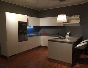 Cucina bianca design con penisola Scenery Scavolini