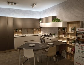 Cucina bianca design con penisola Start j Veneta cucine