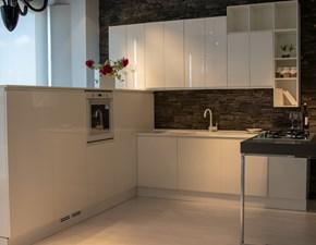 Cucina bianca design con penisola Wega laccato lucido Arredo3
