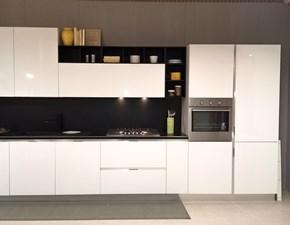 Cucina bianca moderna ad isola ATRA CUCINE modello POLIMERICO LUCIDO ...