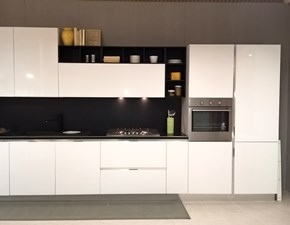 Cucina bianca lucida completa di top e schienale in promozione