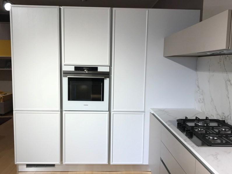 Cucina bianca moderna ad angolo cucina cartesia ed estetica home cucine - Cucina moderna ad angolo ...