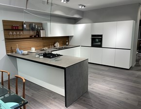 Cucina bianca moderna ad angolo Forma mentis Valcucine in offerta