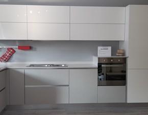 Cucina bianca moderna ad angolo Oriente - sole Arrex