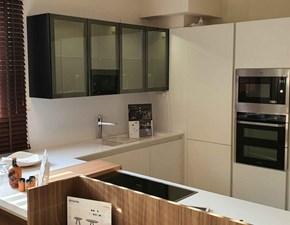 Cucina bianca moderna ad angolo Sincro matt senza soggiorno Miton