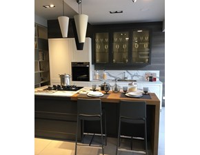 Cucina bianca moderna ad isola Modello carattere  Scavolini