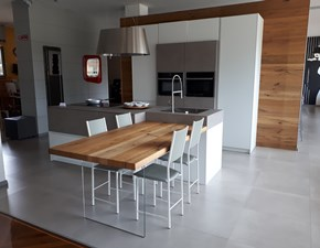 Cucina bianca moderna ad isola Monoliti Mesons in Offerta Outlet